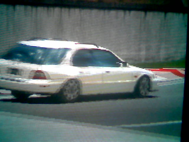 white_accord_wagon.jpeg